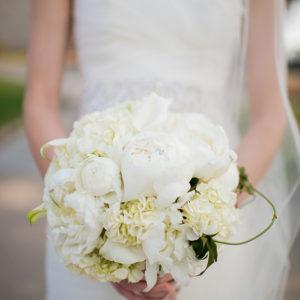 Bridal-Bouquet-By-Flora-Etc.-Lakeville