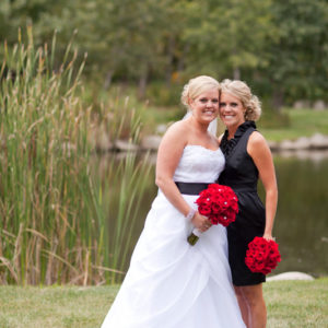 Bride-&-Bridesmaid-Flowers-Bouquets-Flora-Etc