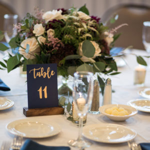 Reception-Centerpeice-Flowers-Flora-Etc