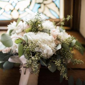Wedding-Flowers-by-Flora-Etc.-Lakeville-Florist