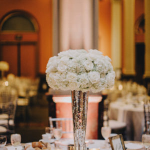 Wedding-Table-Setting-by-Flora-Etc-Lakeville