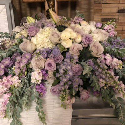 Casket-Arrangement-Floa-Etc-Lakeville