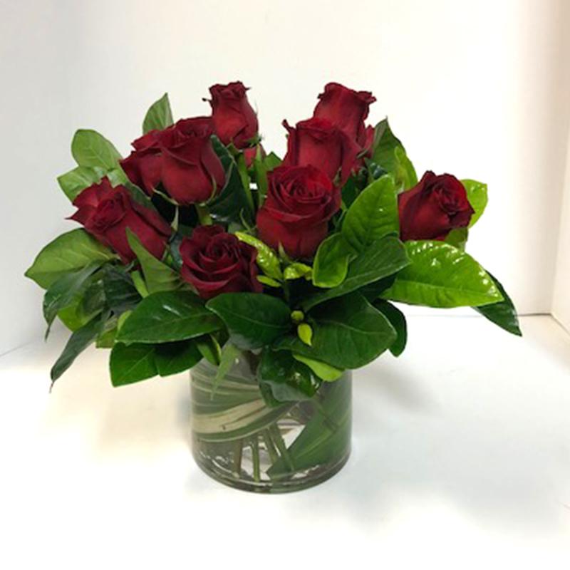 Rose Arrangement Flora Etc Lakeville